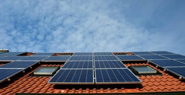 Eco-Worthy Solar Panel Review 2021 [Includes Buyer's Guide]