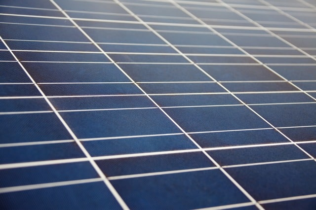 Solar Panel Lifespan Guide: How Long Do They Last?