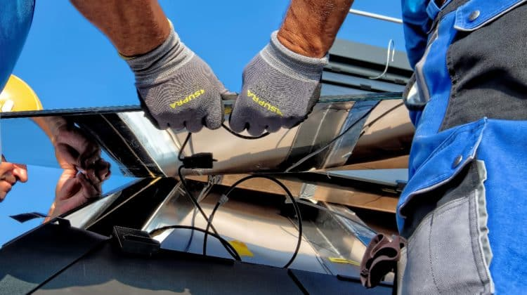 The 9 Best Solar Panel Installation Jobs in 2021