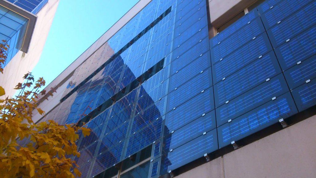 vertical solar panel