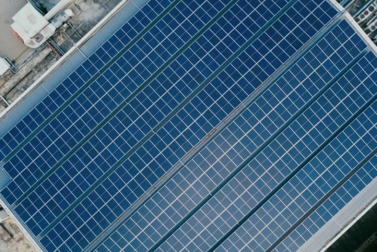 A Complete Overview of Bifacial Solar Panels: What You Should Know