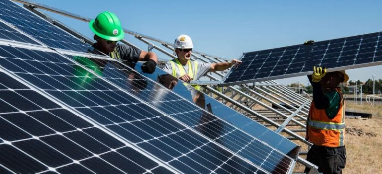 Solar Panel Size Guide: How many solar panels do you need?
