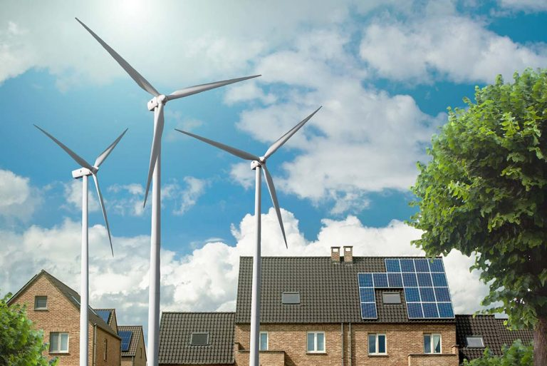 Top 5 Factors to Consider When Choosing Solar Vs. Wind for Home Energy