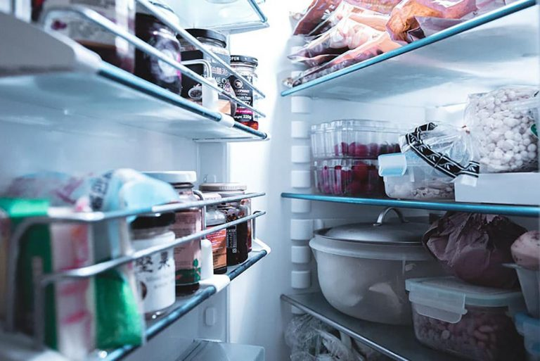 What are The Different Types of Off-Grid Refrigerator?